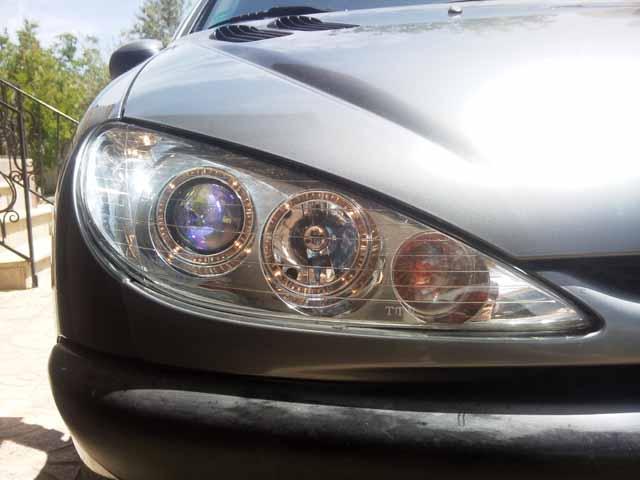 بررسی دلایل مات شدن چراغ های جلو خودرو و روش برطرف کردن آن